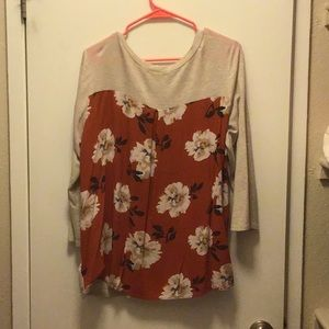 Long sleeve floral back shirt